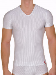 Basic Straight Line - V-Shirt