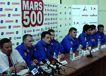 Mars500_PK2_13x18cm_CMYK